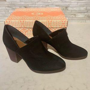Gianni Bini Buffed Leather Block Heel Booties 5.5